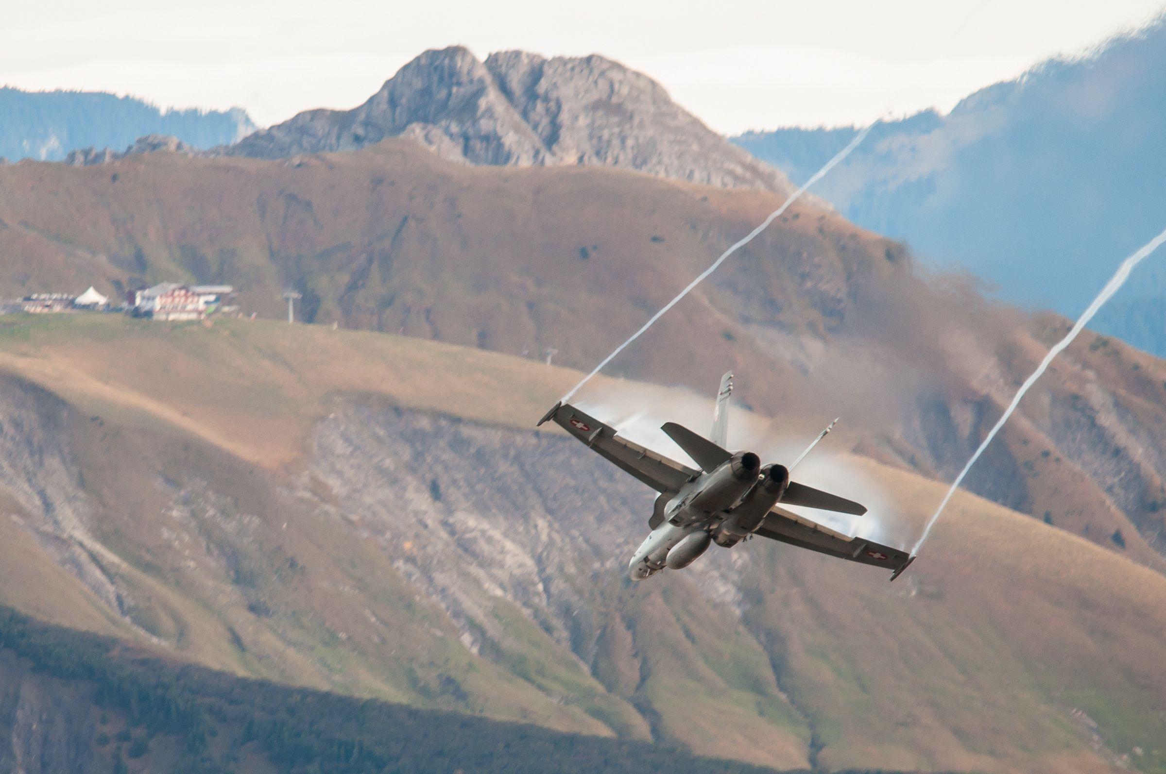 Air force live fire event Axalp 2012 - 10-11 Oct 2012 - Pagina 2 000174