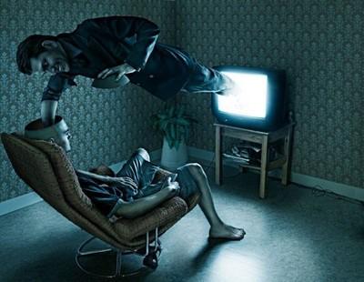 Tout sur la télévision, arme ultime du NOM Lobotomietv