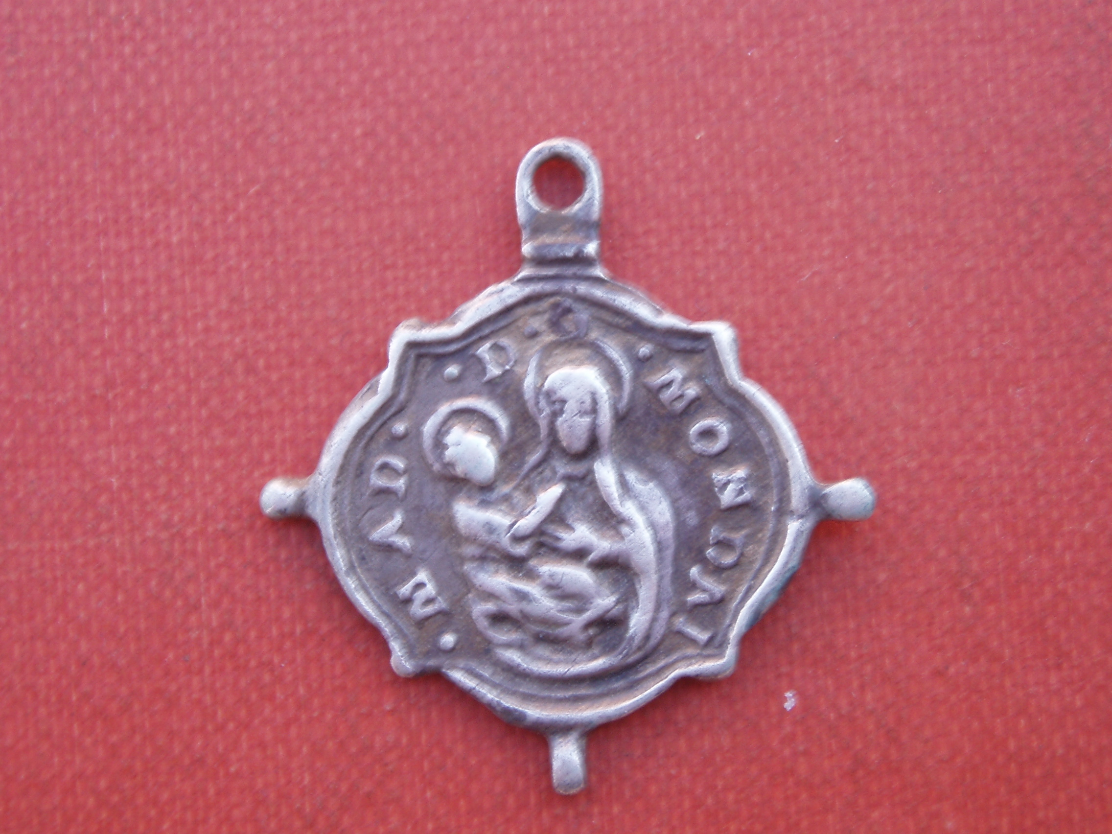 Virgen de Mondovi  /  Ostensión  de la Síndone  (Santo Sudario )(R.M. SXVII-Ot 58) D1qi
