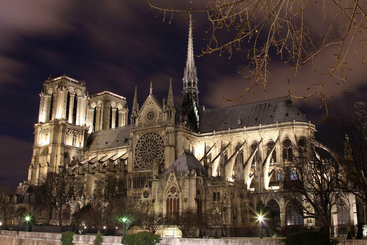 Notre dame de Paris by night  0joz