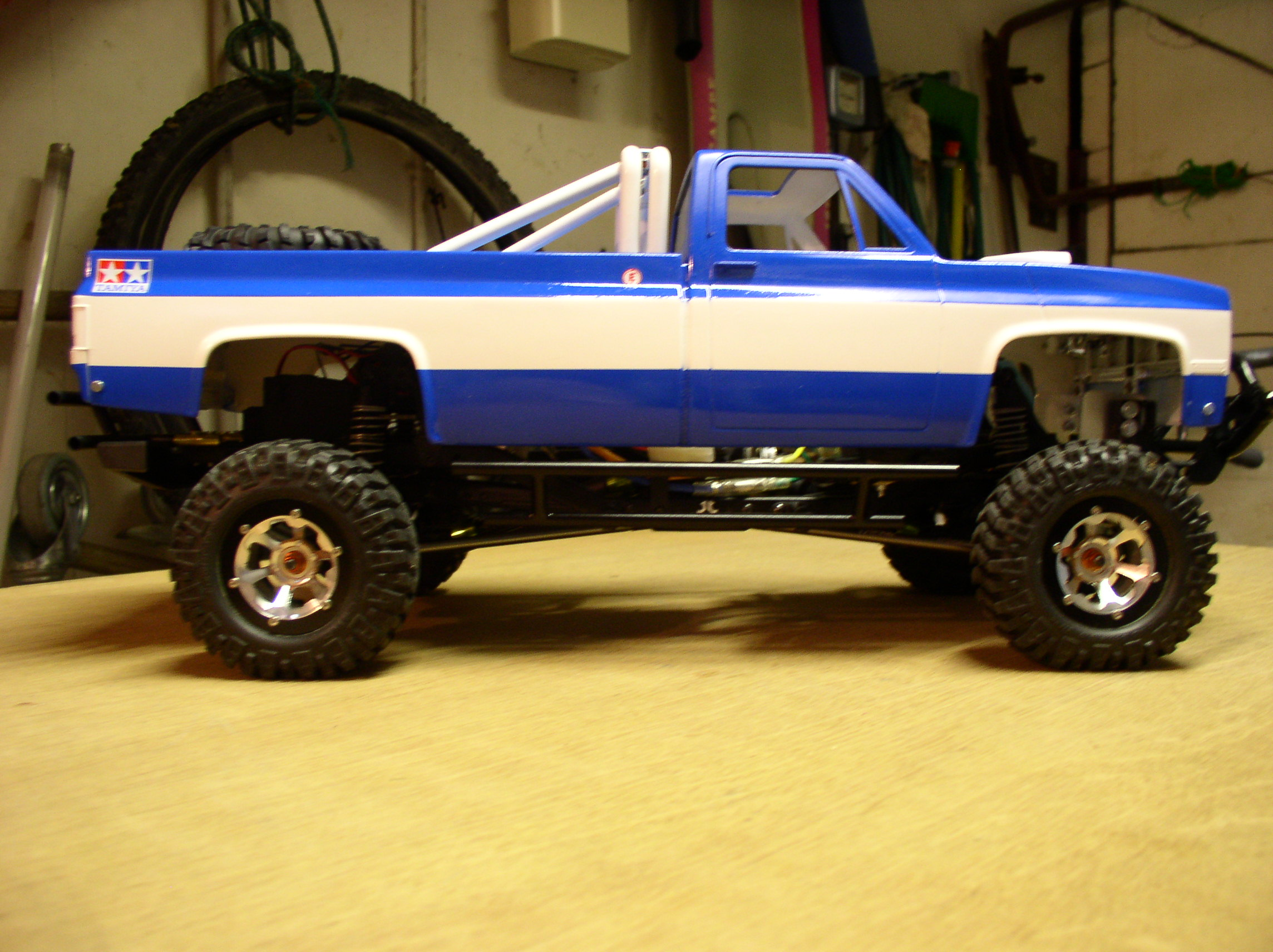 "[ SCX10 Axial ] CHEVROLET K5 Pick-up, benne rallongée.""TERMINE"" - Page 2 P1010062w"