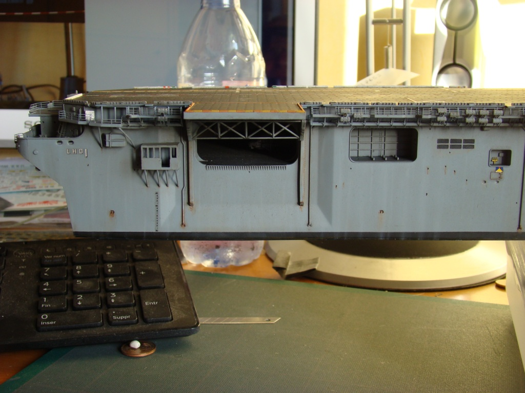 USS WASP LHD-1 au 1/350ème par nova73 - Page 7 Dsc09089b