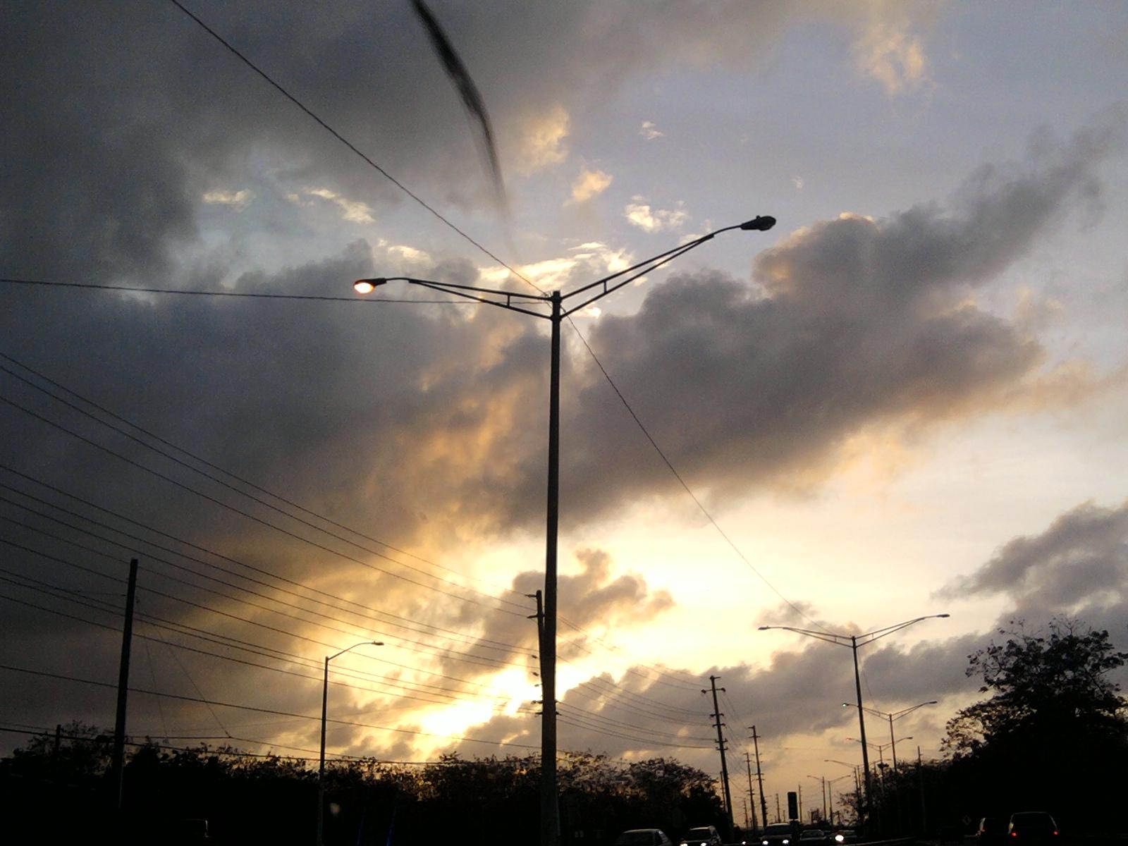 2012 : 05/01 Photo decouverte sur un forum de discussion (suite) - Page 3 53wep1