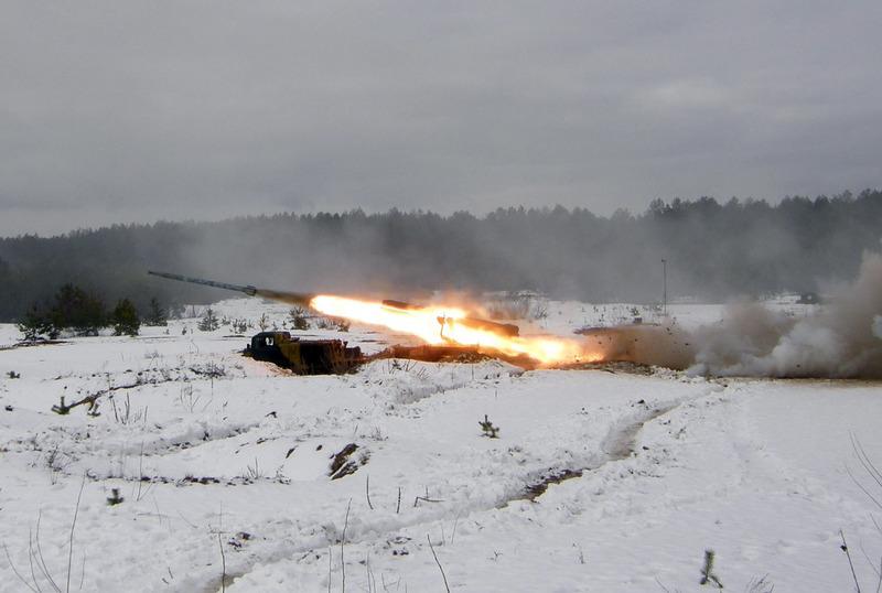 Ukrainian Armed Forces / Zbroyni Syly Ukrayiny - Page 3 2012uragans325445801