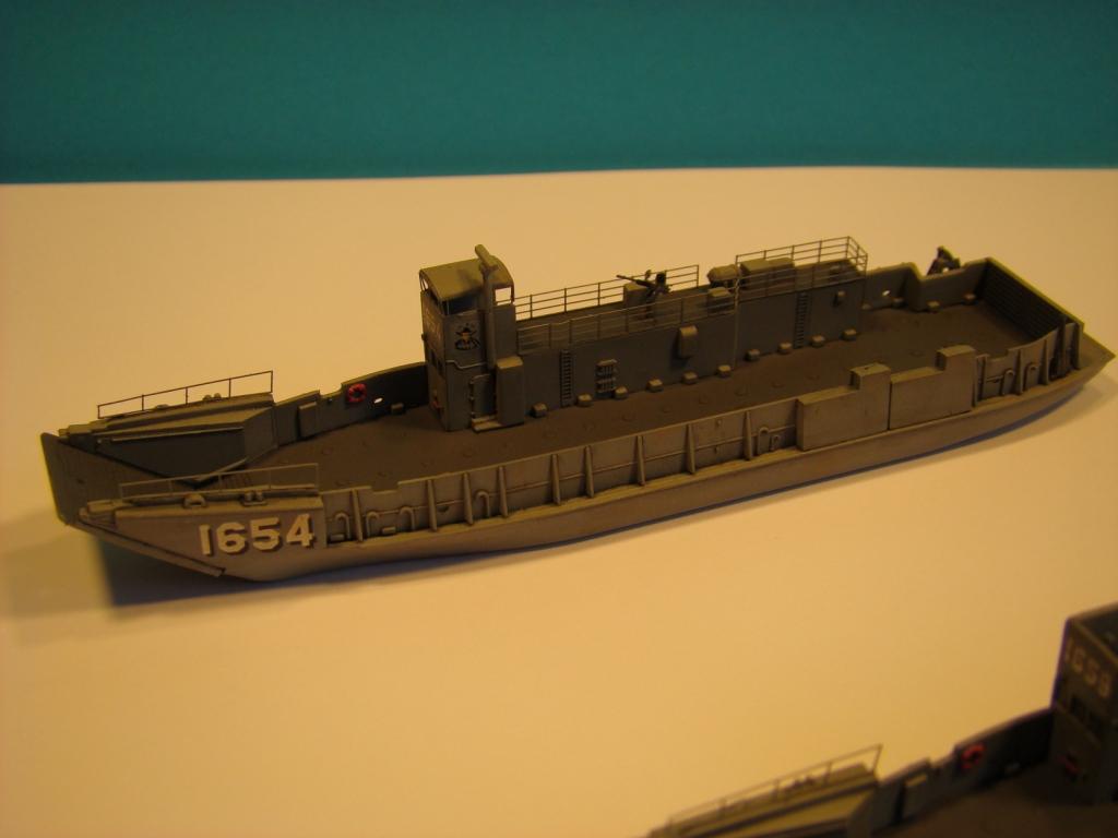 USS WASP LHD-1 au 1/350ème par nova73 - Page 6 Dsc08995b