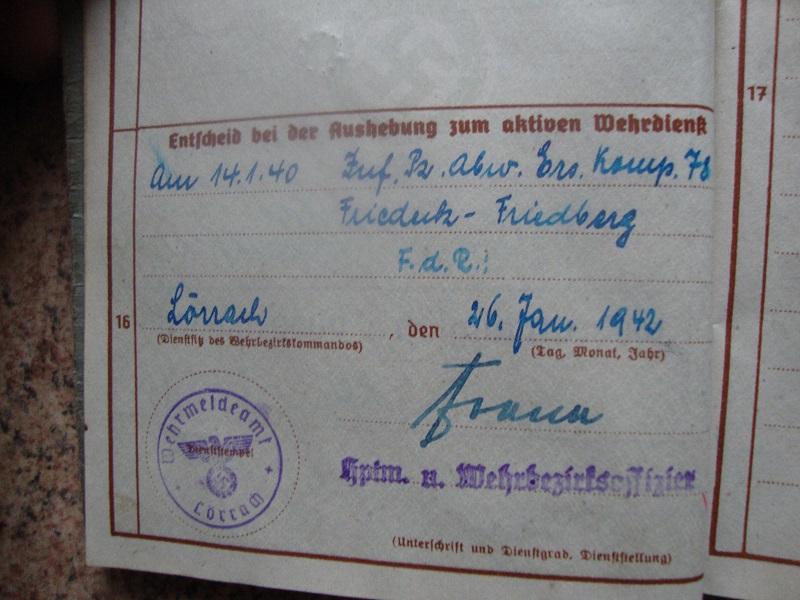 Traduction et identification d 'un Wehrpass et ses papiers K9b9