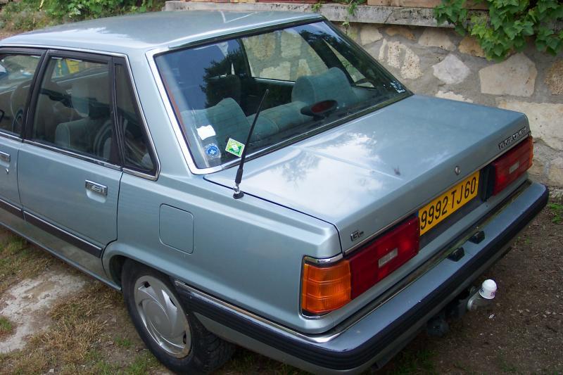 La camry 1 modele V10 (1982-1986 1204p