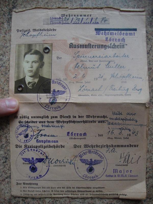 Traduction et identification d 'un Wehrpass et ses papiers Dip0