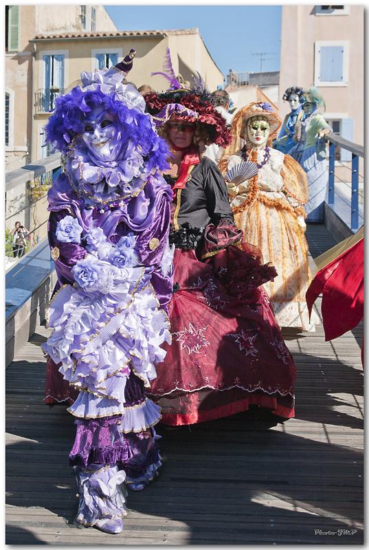 Rencontre Carnaval venitien à Martigues edition 2010  - Page 30 Jm241451024