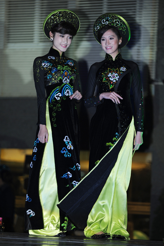 2 bộ sưu tập áo dài Aodai3