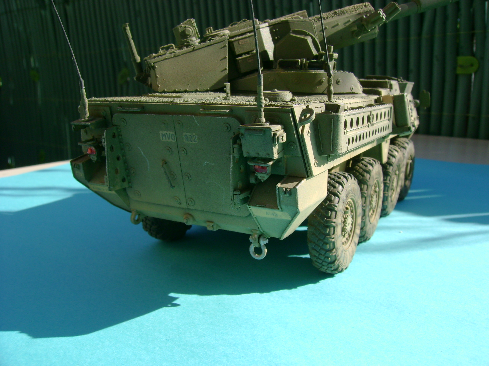 Stryker M1128 MGS ( Montage en cours ) Thunderbird - Page 2 46774254