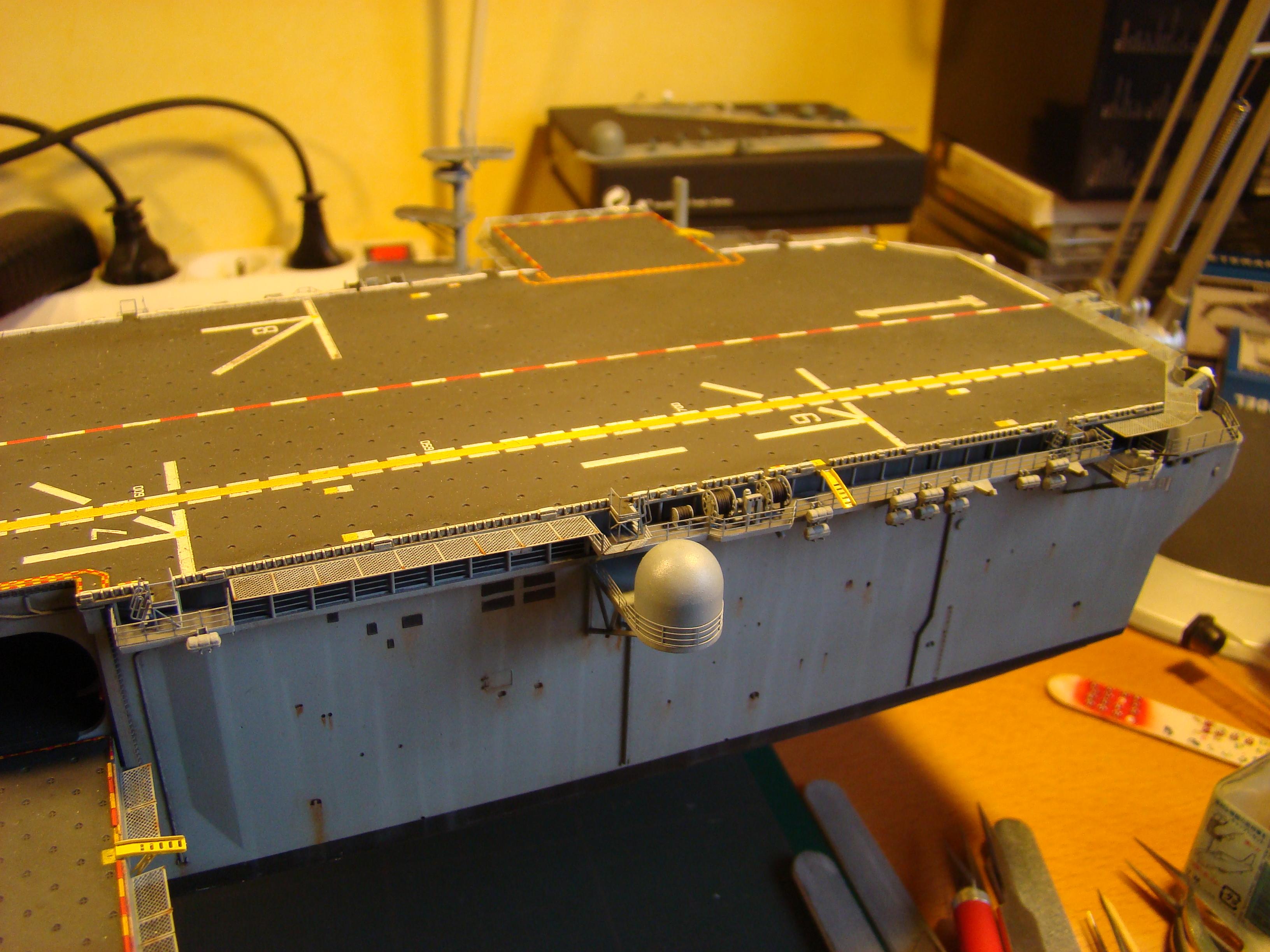 USS WASP LHD-1 au 1/350ème - Page 3 Dsc09103c