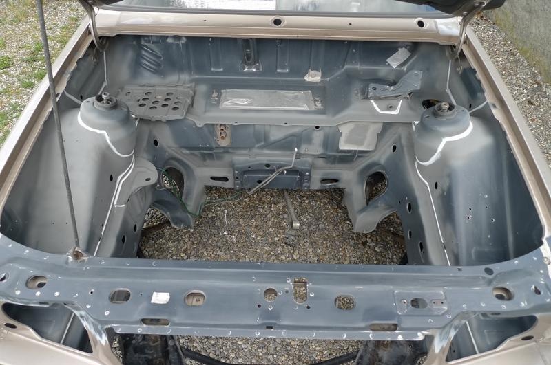 Reconversion de mon Escort MK3 Ghia en Escort RS 1600i - Page 6 P1050047n