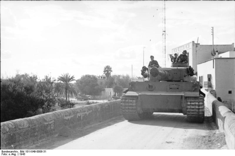 Tiger I du sPzAbt. 501 en Tunisie 1943 Tigerinr112spzabt501nor
