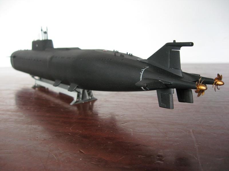 "Zvezda Sous-marin K-266 'Oriol"" au 1/350 - Page 3 Img4429sn"