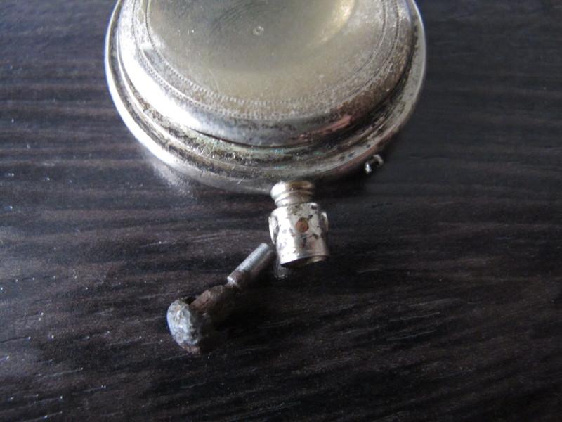 une tite vieille bien defraichie (longines inside) les photos. Img1526u