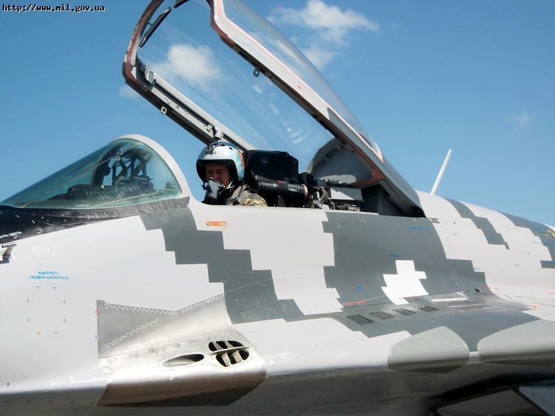 Ukrainian Armed Forces / Zbroyni Syly Ukrayiny - Page 3 201207108723394151