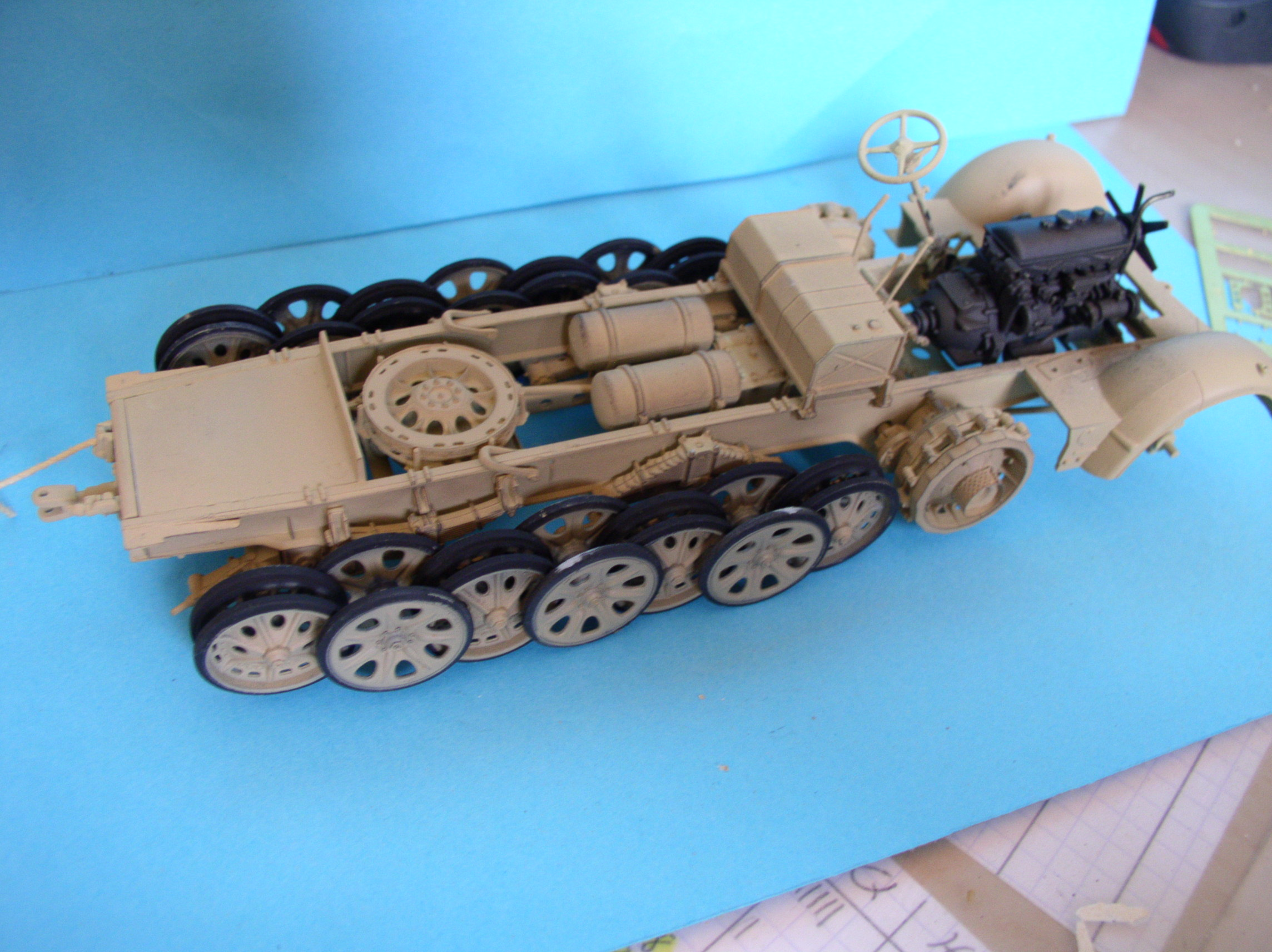 Sd.Kfz.7/1 late version whit Sd.Anhager 52 Trumpeter 1/35( Montage en cours) UP 25/05 - Page 3 36734396