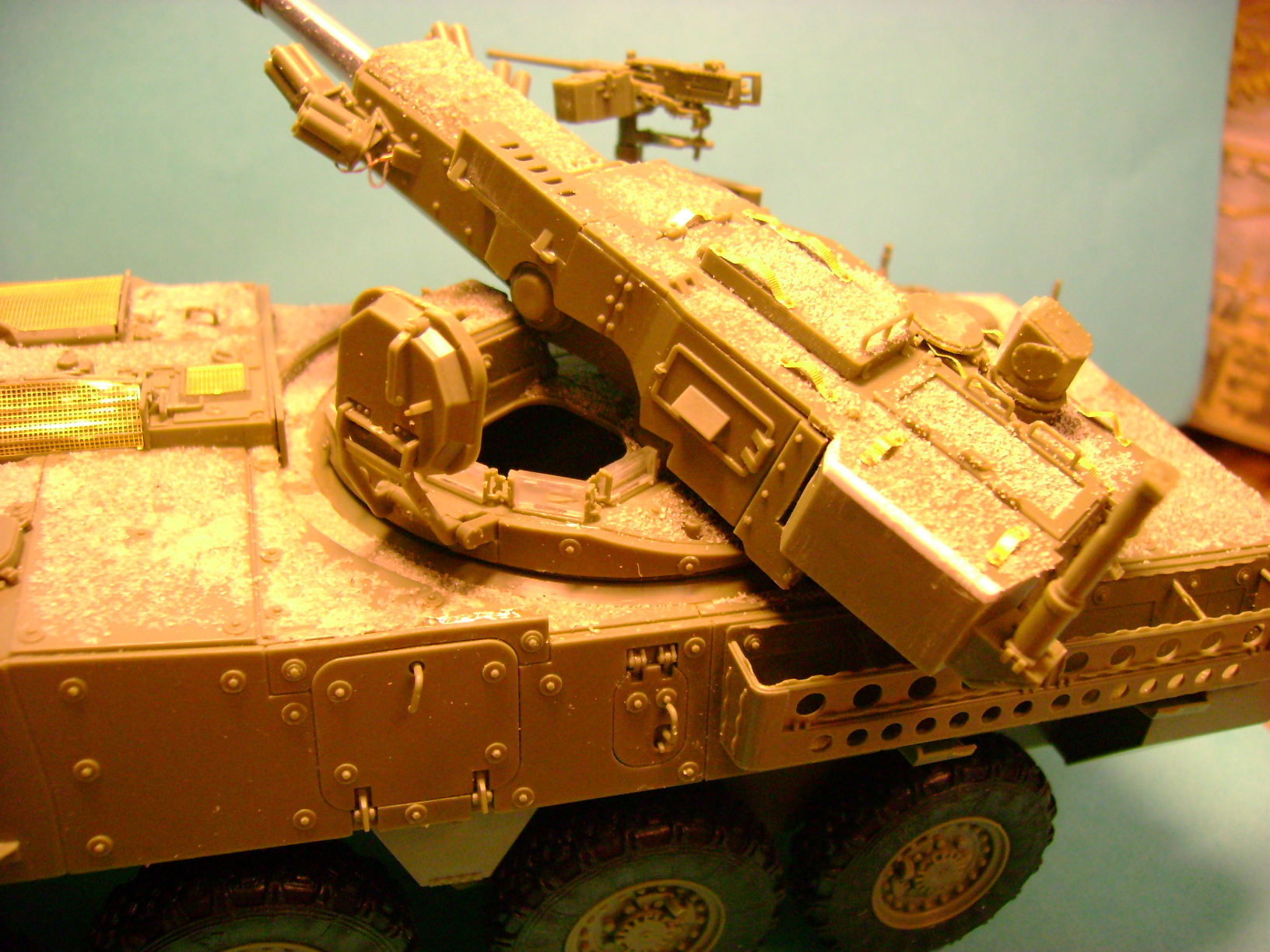 Stryker M1128 MGS Terminé.... - Page 2 Dsc00581qh