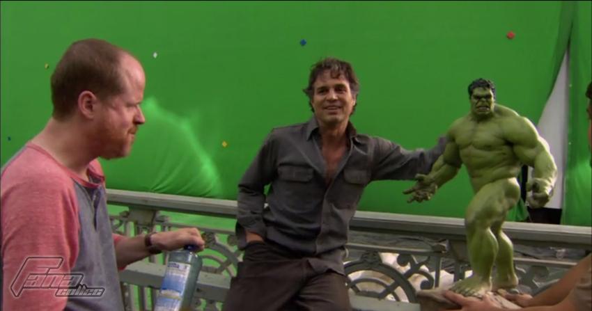 [Sideshow] Hulk Avengers Maquette Hulk3