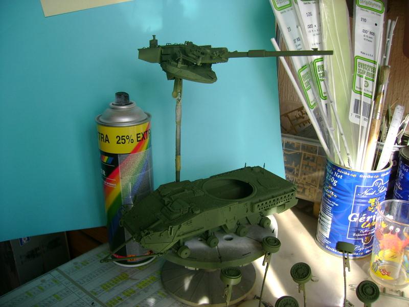 Stryker M1128 MGS Terminé.... - Page 2 Dsc00591v