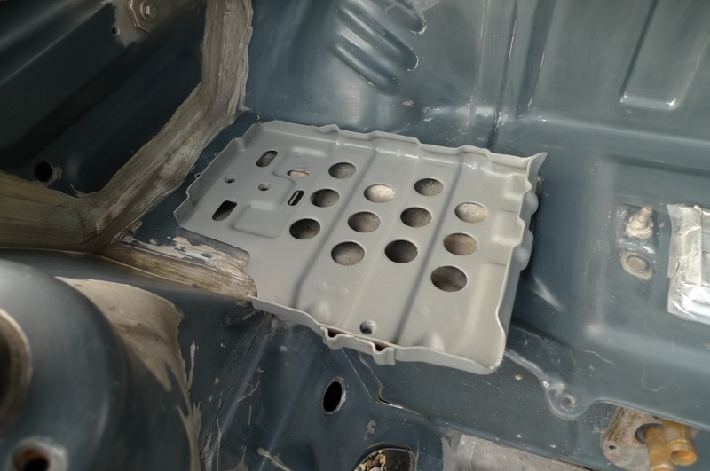 Reconversion de mon Escort MK3 Ghia en Escort RS 1600i - Page 6 P1050029e
