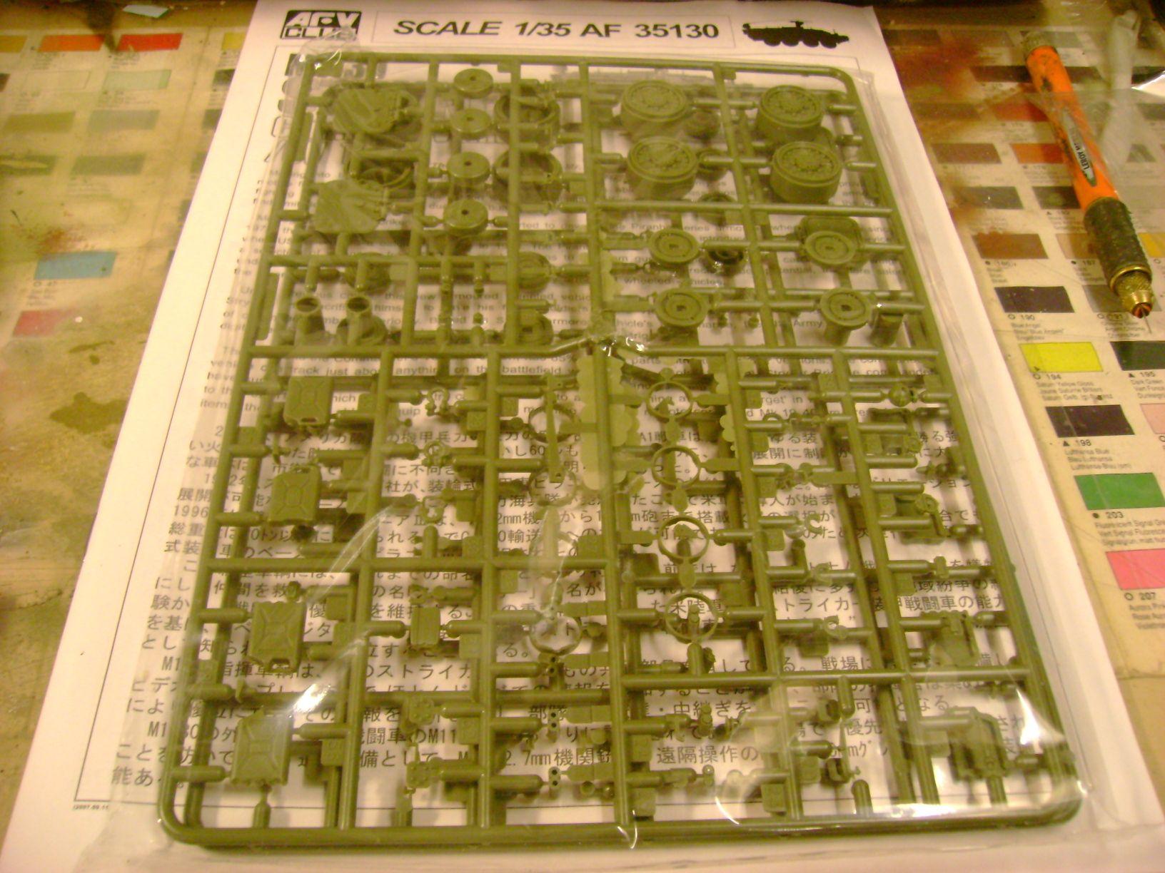M1130 Stryker Commander's Vehicle, le Stryker de Tuche.....montage terminé.. 62824843