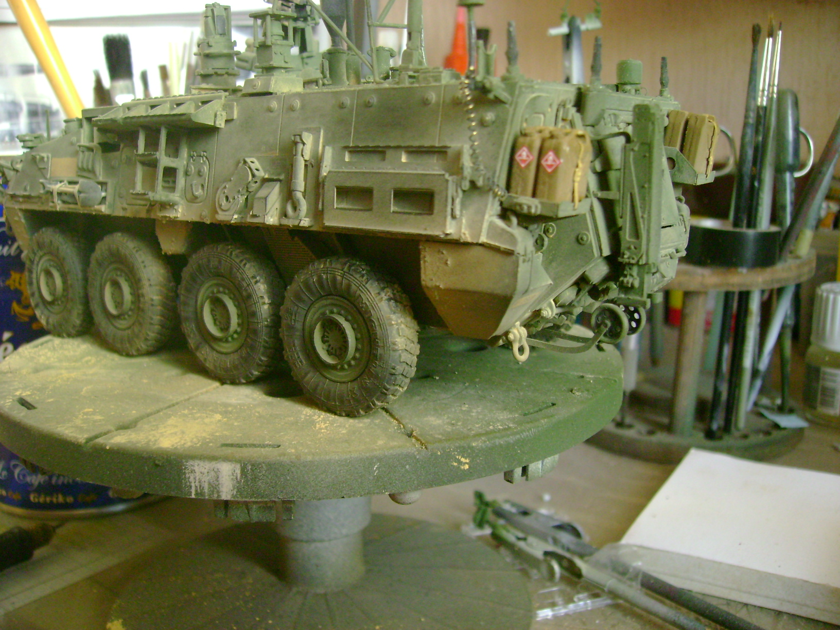 M1135 Stryker NBC RV 1/35 Trumpeter....Terminer Up du 29/10... - Page 3 15584113