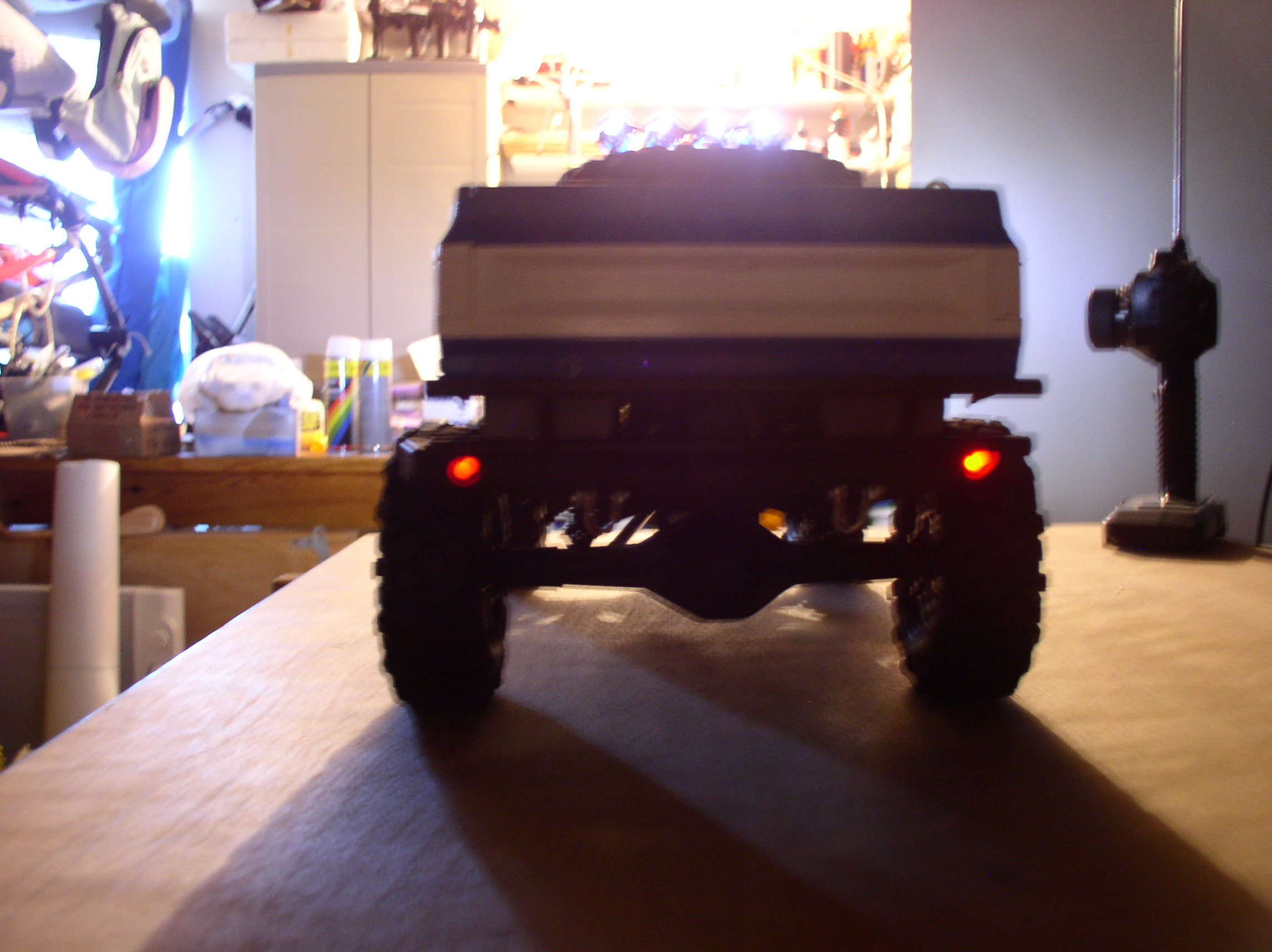 """[ SCX10 Axial ] CHEVROLET K5 Pick-up, benne rallongée.""""TERMINE"""" - Page 3 01082i"""