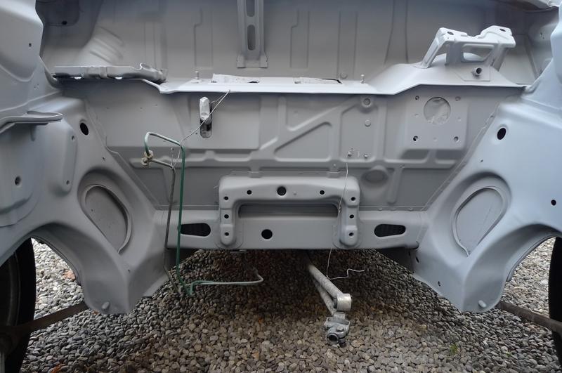 Reconversion de mon Escort MK3 Ghia en Escort RS 1600i - Page 6 P1050826i