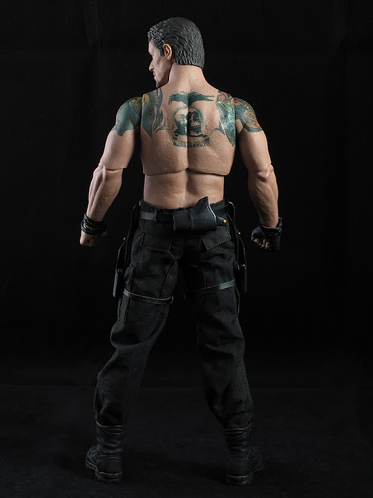 "HOTTOYS (figurine 12"" THE EXPENDABLES) - Page 5 Ross008"