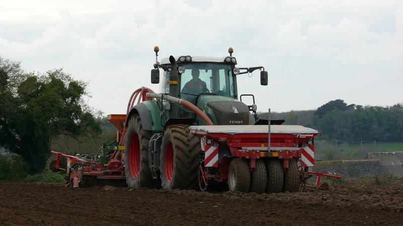 Semis de maïs 2010 P1060295