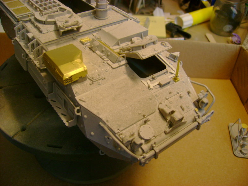 M1135 Stryker NBC RV 1/35 Trumpeter....Terminer Up du 29/10... - Page 2 49727863