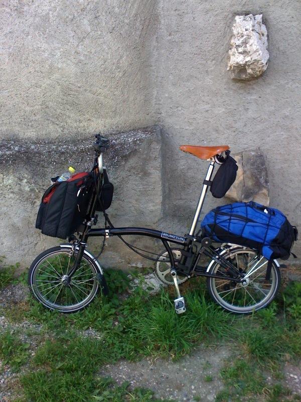 sacs avant: Orlieb, Front-Roller Classic contre C-bag de Brompton Photoald