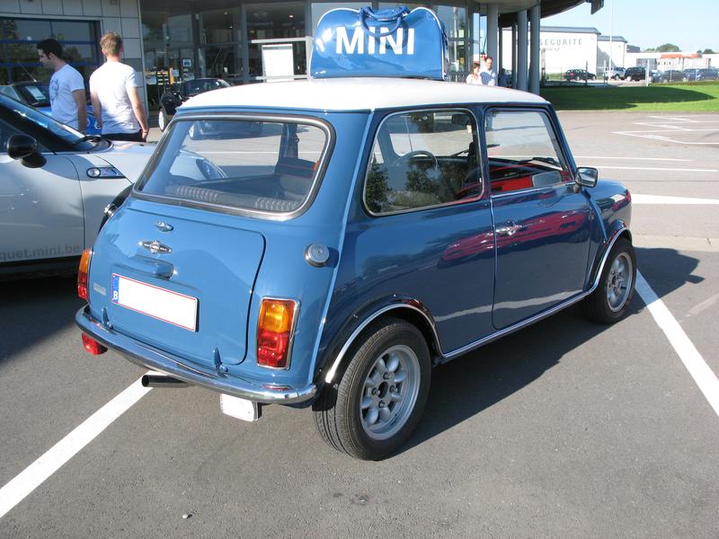Liégeois en Mini 1000 de 1979... peut-être Img3523q