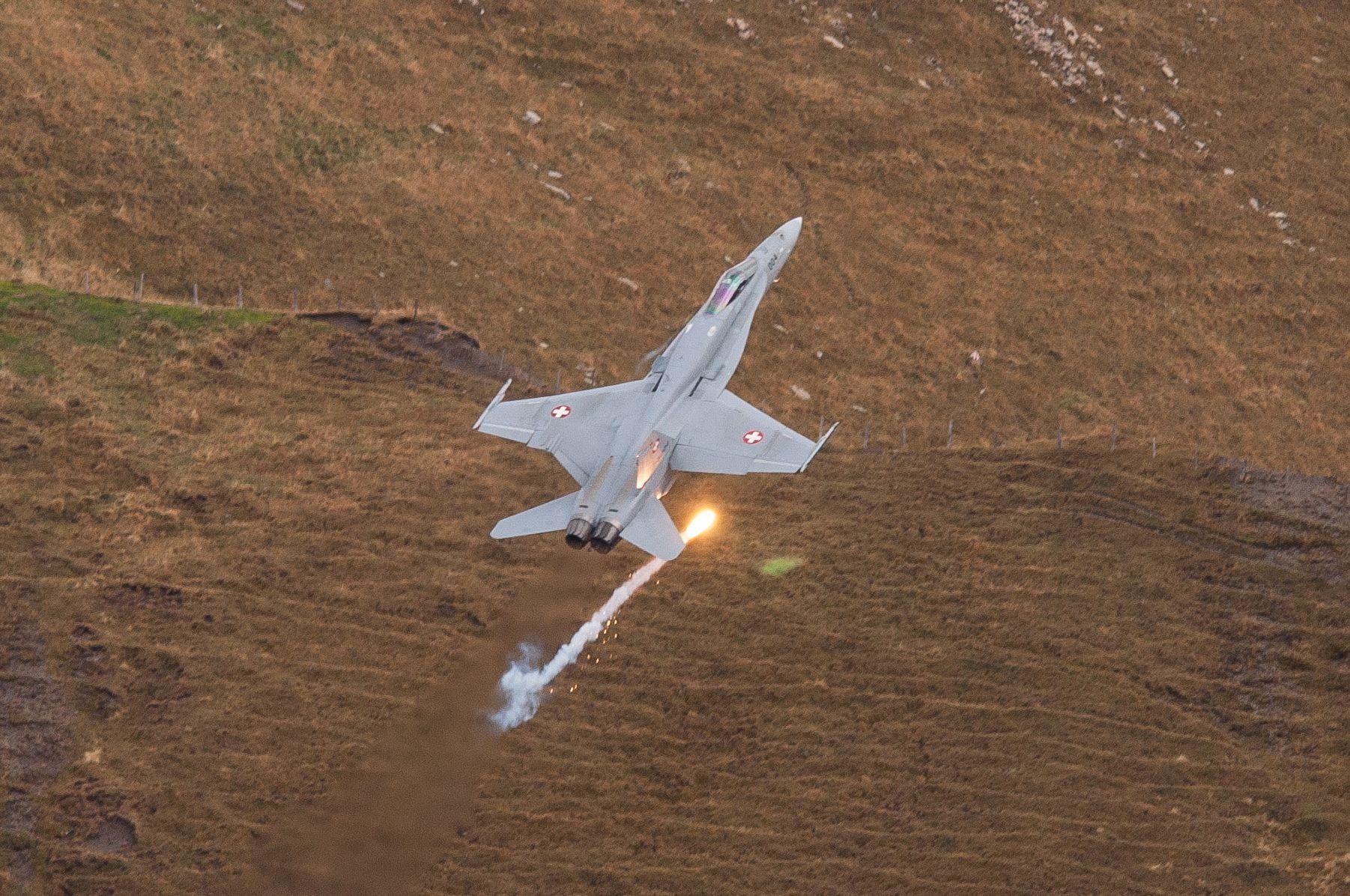 Air force live fire event Axalp 2012 - 10-11 Oct 2012 - Pagina 2 000111u