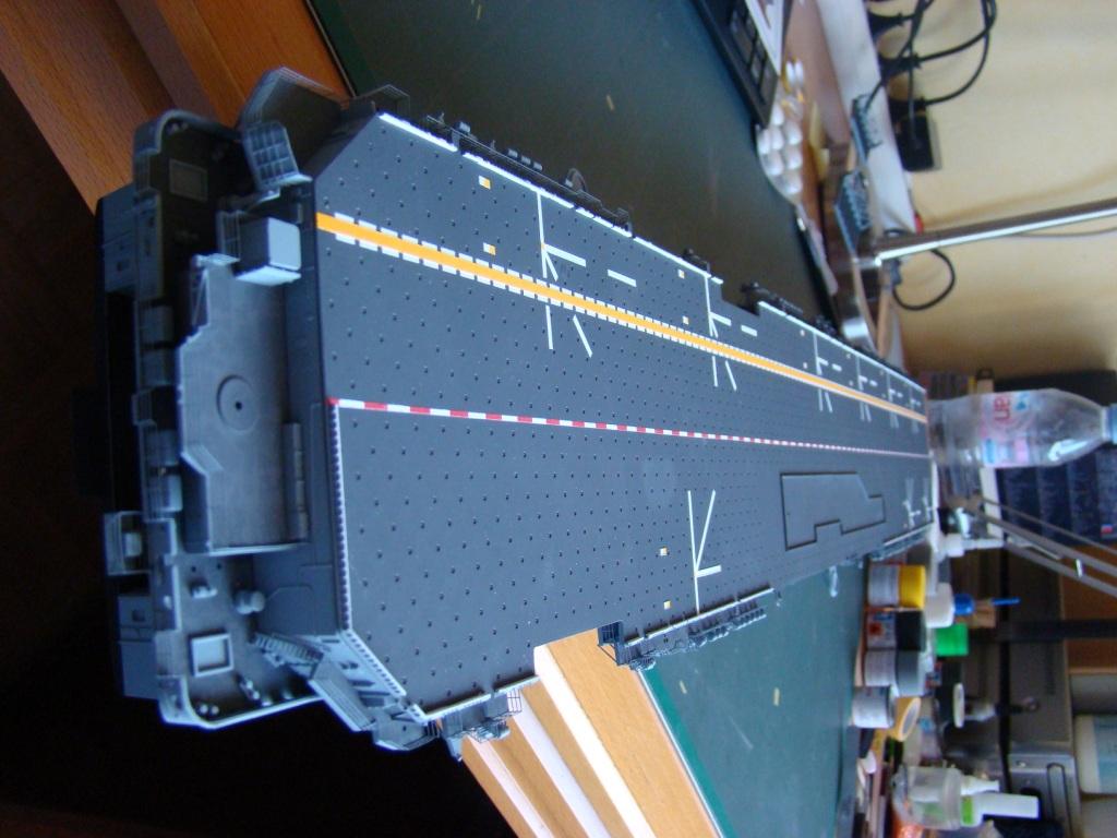 USS WASP LHD-1 au 1/350ème par nova73 - Page 3 Dsc08168