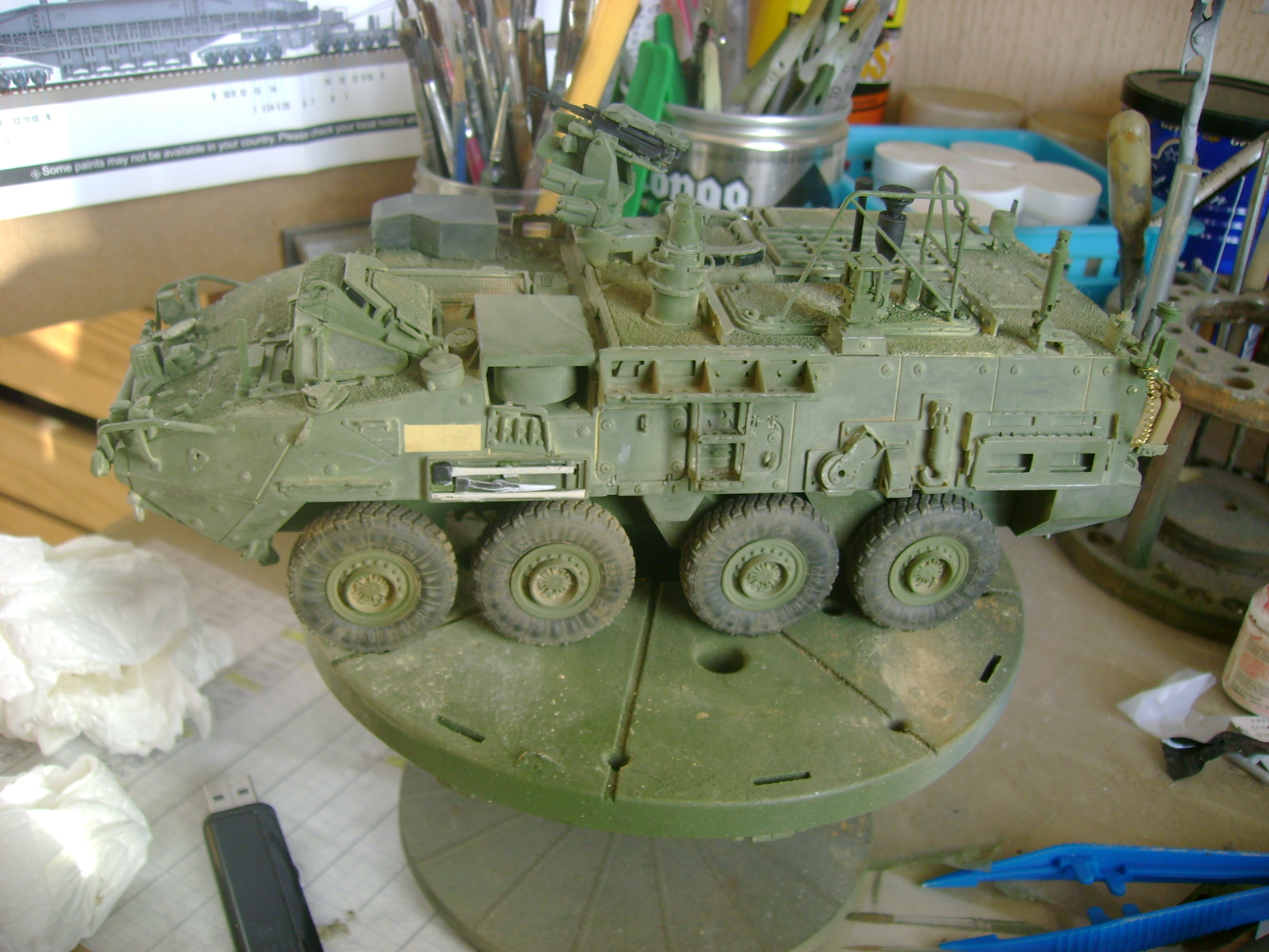 M1135 Stryker NBC RV 1/35 Trumpeter....Terminer Up du 29/10... - Page 3 10205633