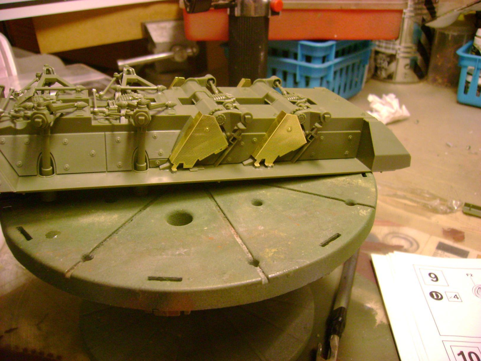 M1130 Stryker Commander's Vehicle, le Stryker de Tuche.....montage terminé.. 12442219