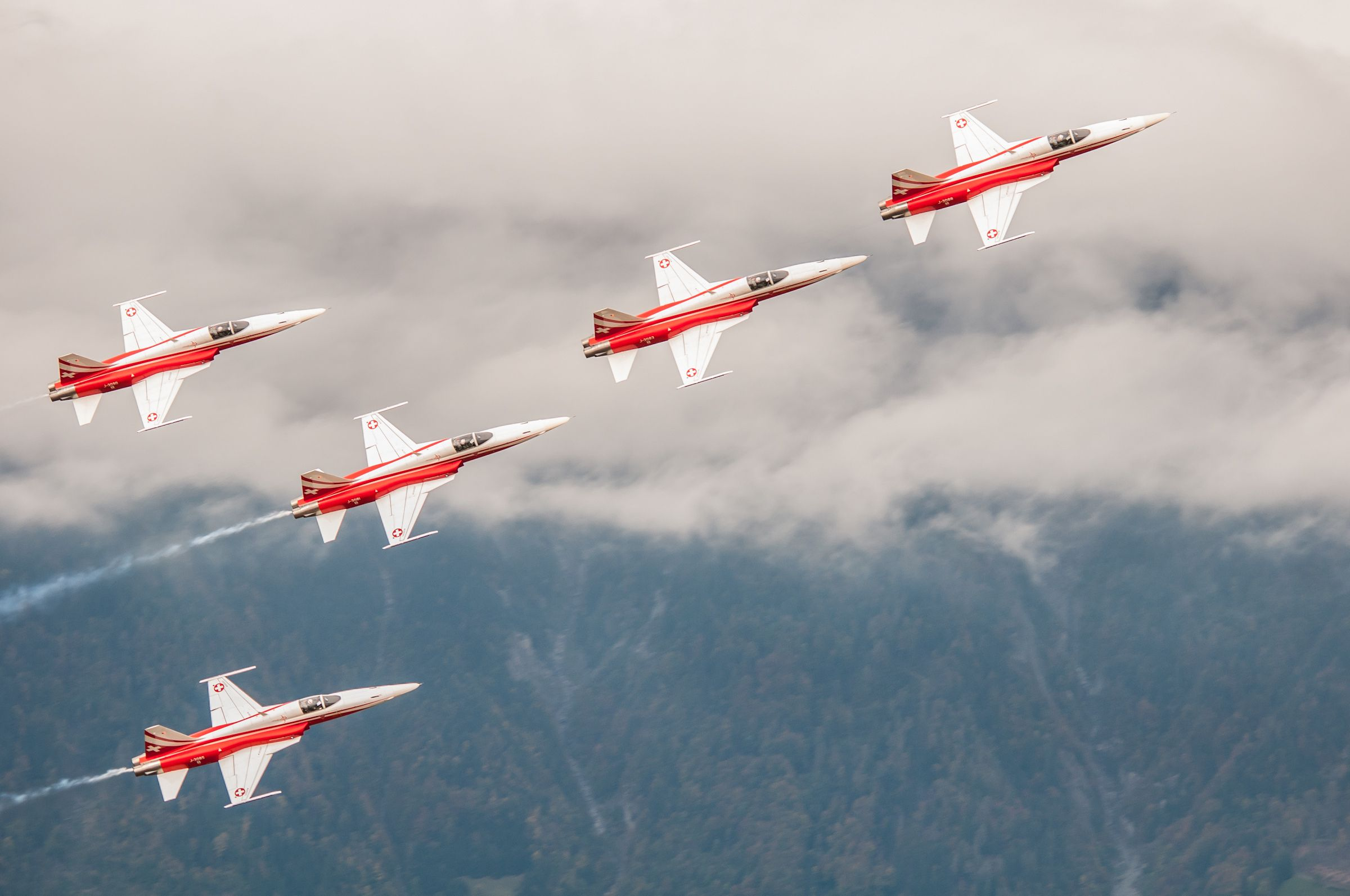 Air force live fire event Axalp 2012 - 10-11 Oct 2012 - Pagina 2 000127s