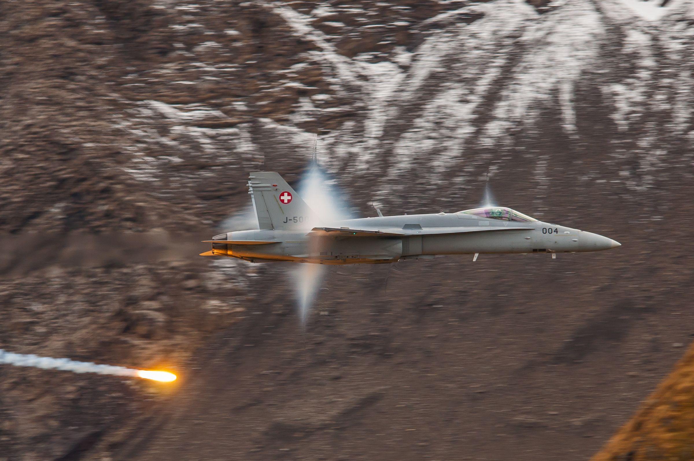 Air force live fire event Axalp 2012 - 10-11 Oct 2012 - Pagina 2 0001107