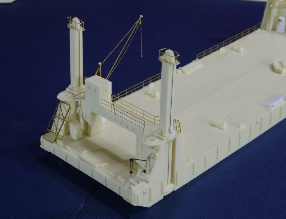 Port Artificiel MULBERRY au 1/350 - Page 4 N0zr