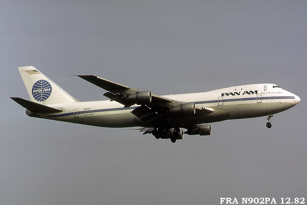 747 in FRA - Page 5 1fran902paa