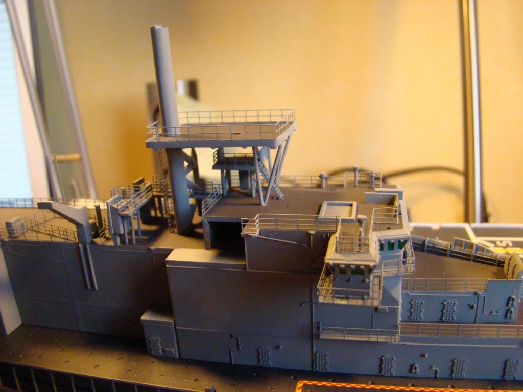 USS WASP LHD-1 au 1/350ème - Page 3 Dsc09062x