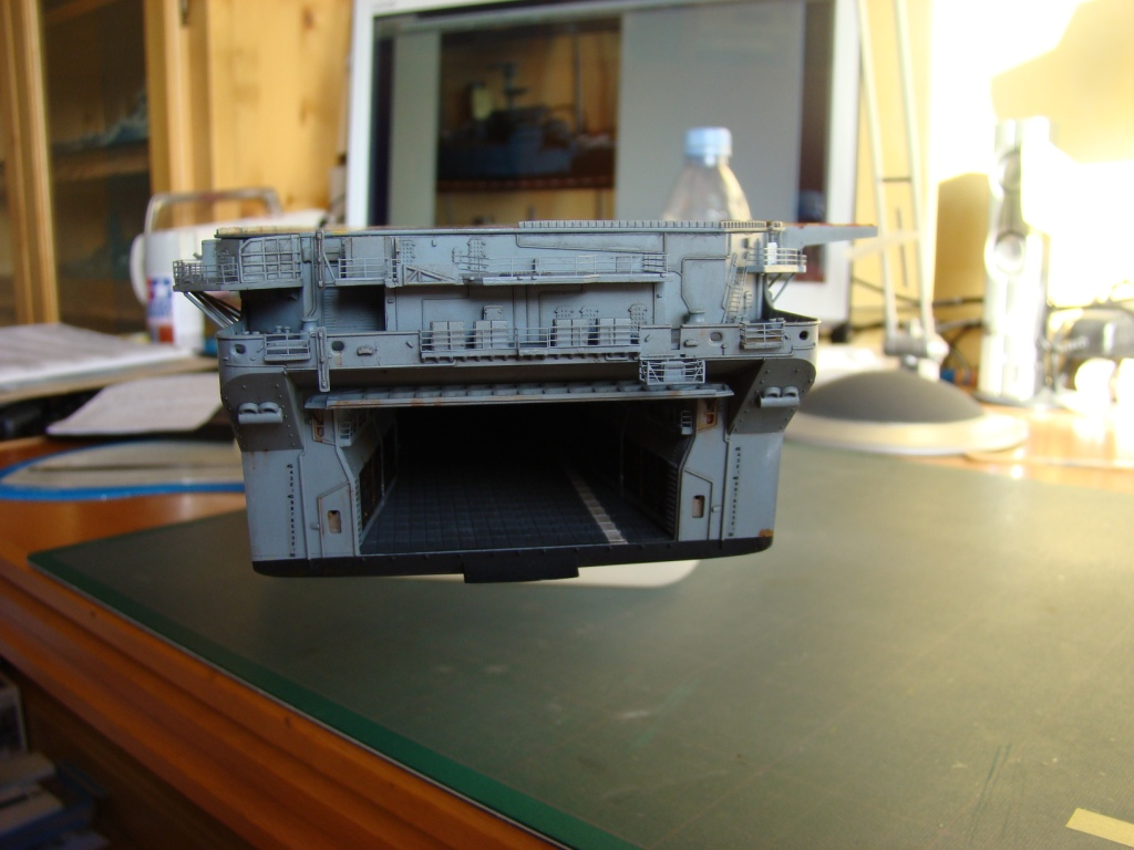 USS WASP LHD-1 au 1/350ème - Page 3 Dsc09094r