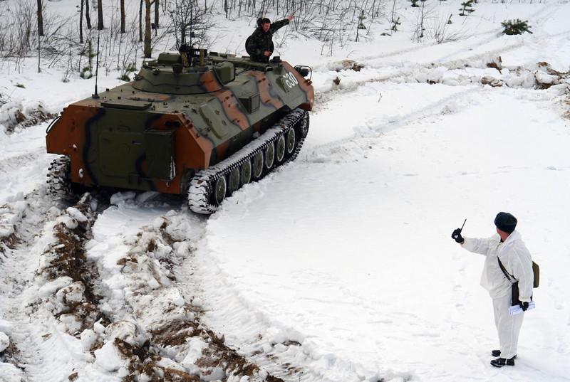 Ukrainian Armed Forces / Zbroyni Syly Ukrayiny - Page 3 2012uragans285433164