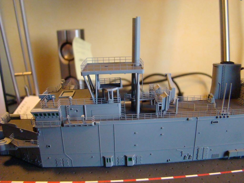 USS WASP LHD-1 au 1/350ème - Page 3 Dsc09059m