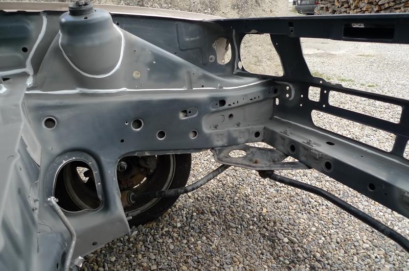Reconversion de mon Escort MK3 Ghia en Escort RS 1600i - Page 6 P1050040i