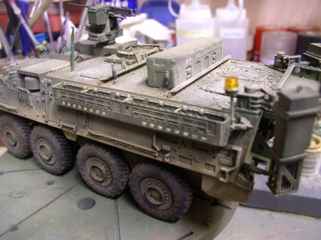 Stryker 1132 mine roller 1/35 Trumpeter Dio terminé - Page 2 19956103