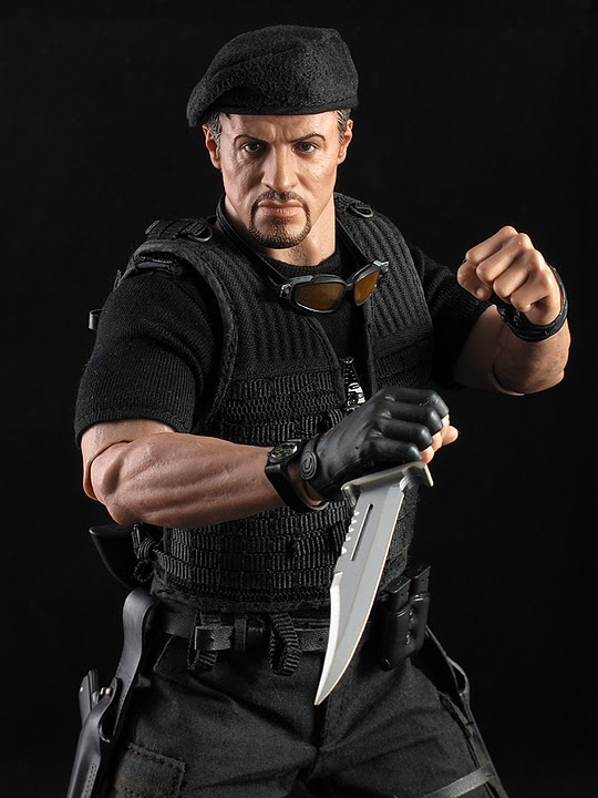 "HOTTOYS (figurine 12"" THE EXPENDABLES) - Page 5 Ross031"